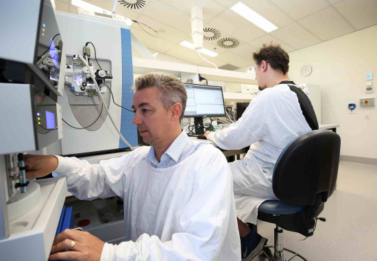 New world leading technology to guide future bowel cancer treatment
